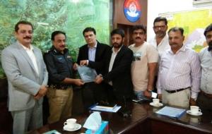 meet-sultan-ali-DIG-East-Sindh-Police-(12)