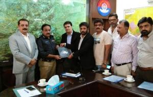 meet-sultan-ali-DIG-East-Sindh-Police-(14)