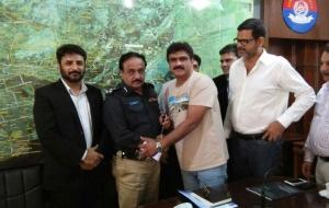 meet-sultan-ali-DIG-East-Sindh-Police-(4)