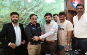 meet-sultan-ali-DIG-East-Sindh-Police-(6)