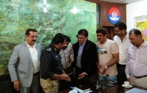 meet-sultan-ali-DIG-East-Sindh-Police-(8)