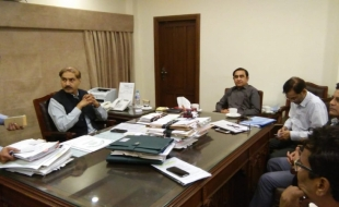 Meeting-Secretary-Local-Govt-Sindh-DG-SBCA-MD-KW-SB-10-JUL-2018-06