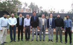 meet-foreign-delegation05