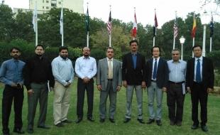 meet-foreign-delegation07