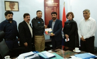 Meeting-with-Zulfiqar-Ali-Larik-DIG-East-SP-Khi-15-3-2018(3)