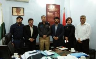Meeting-with-Zulfiqar-Ali-Larik-DIG-East-SP-Khi-15-3-2018(4)