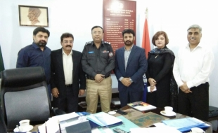Meeting-with-Zulfiqar-Ali-Larik-DIG-East-SP-Khi-15-3-2018(6)