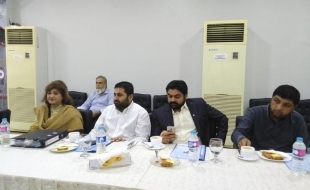 meeting-with-delegation-ary(9)