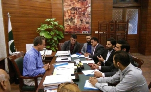 Meeting-with-waseem-akhtar-mayor-khi-14-2-2018(16)