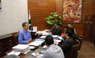 Meeting-with-waseem-akhtar-mayor-khi-14-2-2018(17)