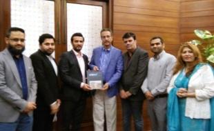 Meeting-with-waseem-akhtar-mayor-khi-14-2-2018(2)