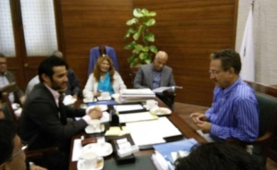 Meeting-with-waseem-akhtar-mayor-khi-14-2-2018(6)