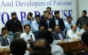 Imran-Khan-Chairman-PTI-ban-HighRise-buildings-25th-oct17-(18)
