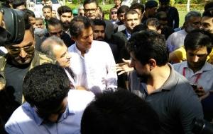 Imran-Khan-Chairman-PTI-ban-HighRise-buildings-25th-oct17-(5)