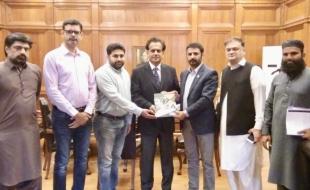 meet-Commissioner-Karachi-1-nov-2018-01